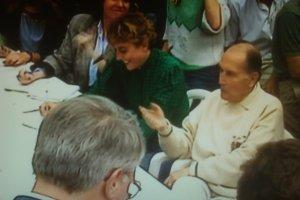 François Mitterrand face aux journalistes les motivant à faire vivre la démocratie laïque. Maï SALAÜN
